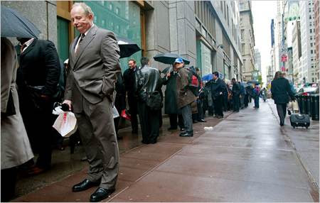 http://thesmarterwallet.com/images/unemployed-unemployment-checks.jpg