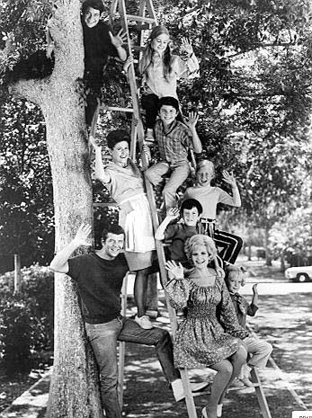Images of suburban bliss - Brady Bunch