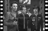 Click here to watch Green day's short interview (post VMA's)
