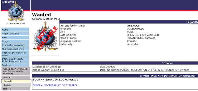 Página da Interpol na internet mostra Julian Assange entre os procurados, por crimes sexuais na Suécia