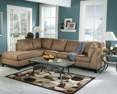 brown and blue living room – blue-grey paint color