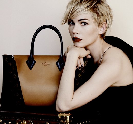 LE FASHION BLOG MICHELLE WILLIAMS LOUIS VUITTON HANDBAG CAMPAIGN SHORT HAIR PIECEY HAIR DARK BOLD EYE BROWS DEEP RED LIPS LIPSTICK DARK BURGUNDY BLACK NAILS NAIL POLISH SLEEVELESS TANK SKINNY STRAP TOP THE W BAG MONOGRAM CANVAS BAG CAPUCINES TOTE BAG PHOTOGRAPHER PETER LINDBERGH HAIR SAM MCKNIGHT MAKE UP STEPHANE MARAIS STYLING JACOB K  2 photo LEFASHIONBLOGMICHELLEWILLIAMSLOUISVUITTON2.png