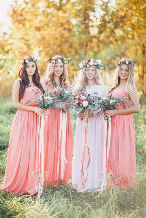 10 Ways to Minimize Costs for Guests, Bridesmaids and