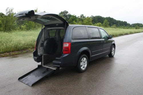 Find Used 2008 Handicap Accessible Wheelchair Van Powered