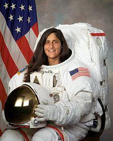 http://upload.wikimedia.org/wikipedia/commons/thumb/c/cb/Sunita_Williams.jpg/220px-Sunita_Williams.jpg