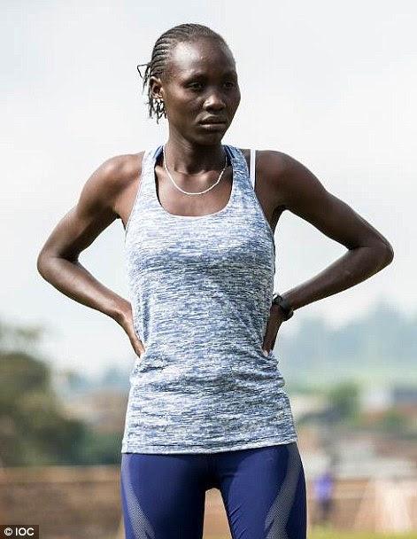 Anjelina Nada Lohalith (à esquerda), o Sudão do Sul, atletismo, 1500m