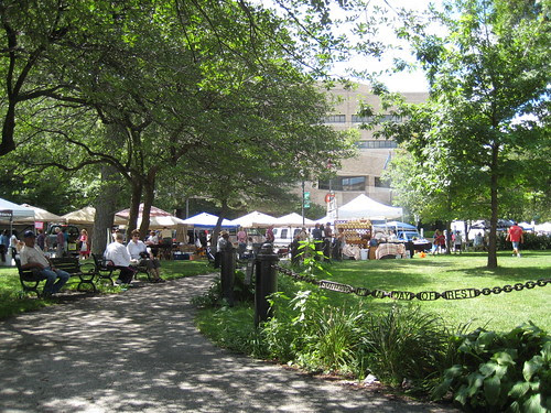 Zeidler Square farmers market
