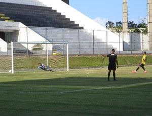 ABC x CSP - jogo-treino - gol de Kayke (Foto: Jocaff Souza/GloboEsporte.com)