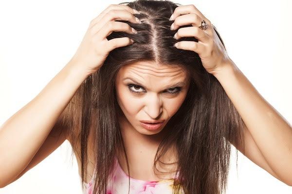 diradamento capelli donne cosa fare - La Caduta dei Capelli cause rimedi naturali e alimentazione