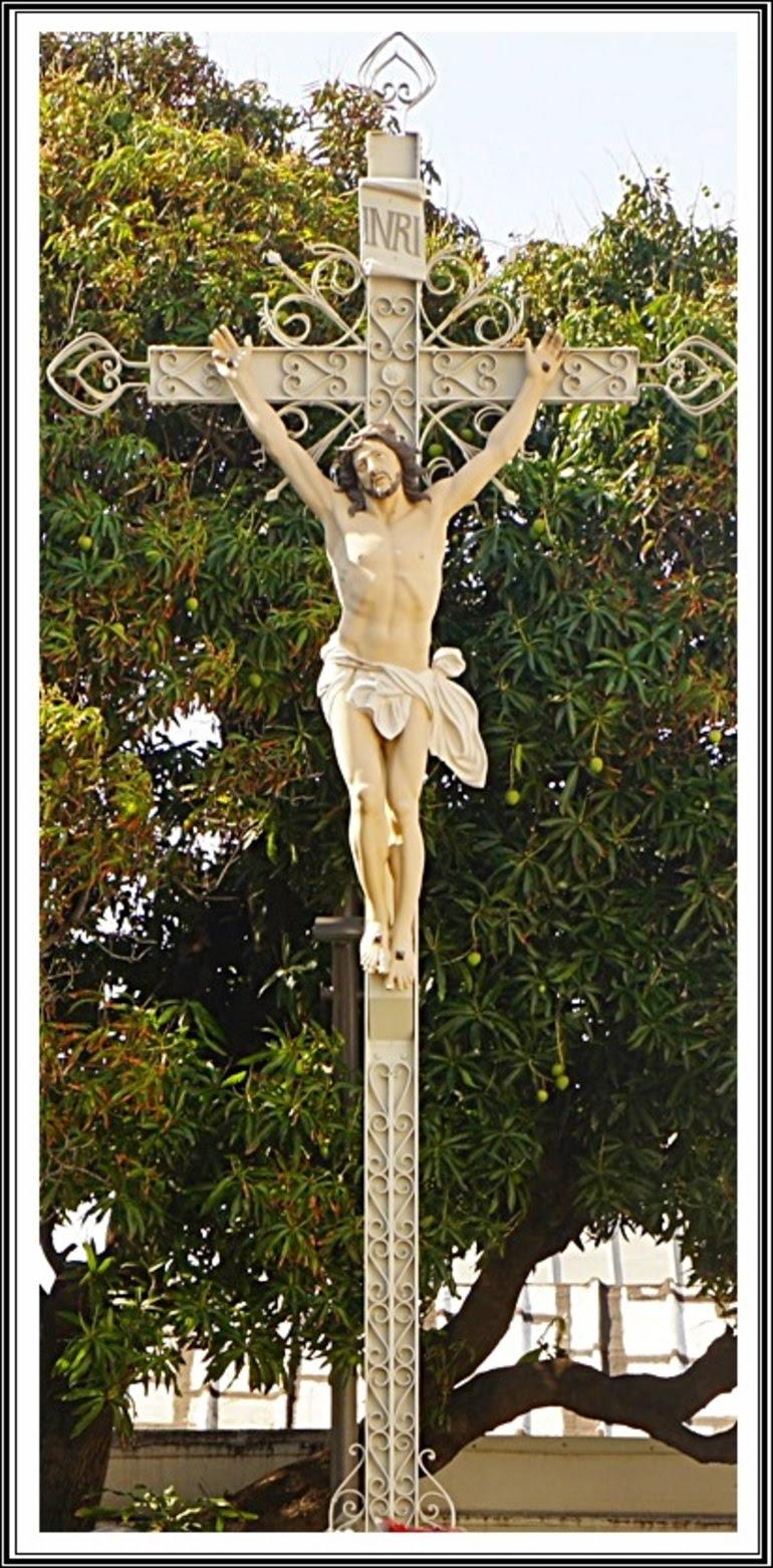 Cathédrale ST-DENIS & alentours+ STE-MARIE (2/6) -