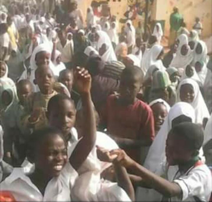 Kaduna Pupils Protest Over Planned Sack Of 21,000 Teachers That Failed Test