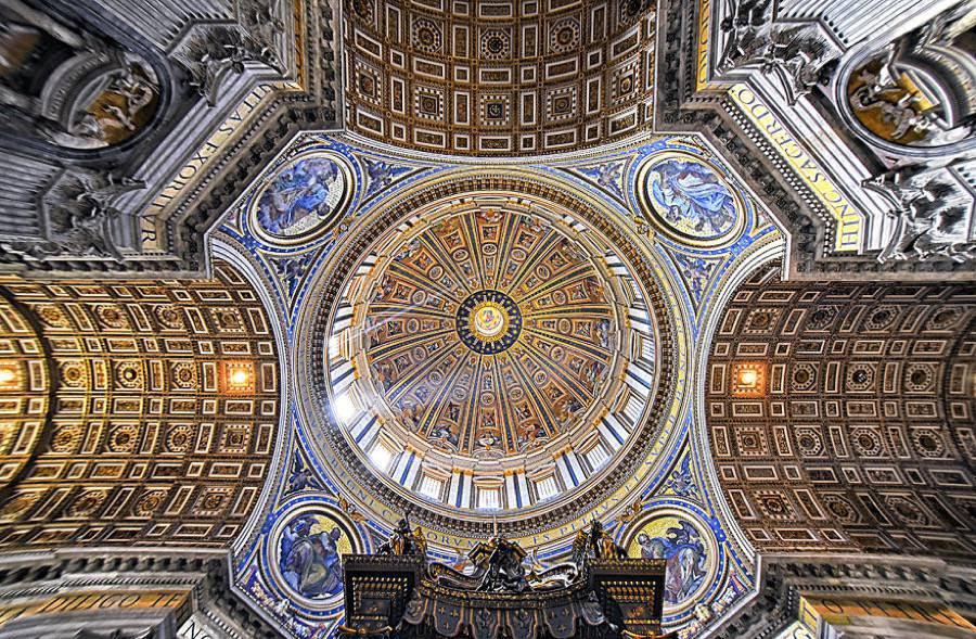 Papale basilica maggiore di San Pietro in Vaticano