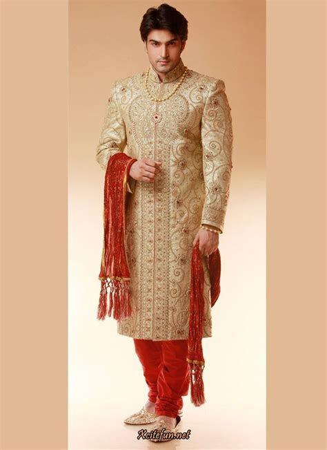 Indian Groom Dress   Wedding Sherwanis   IndusLadies