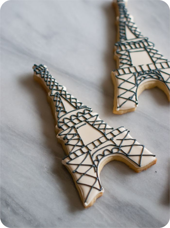easy eiffel tower cookies with inspiration and how-to