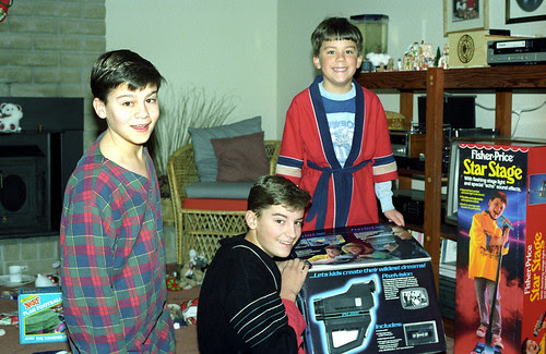 Shellen brothers on Christmas morning 1988