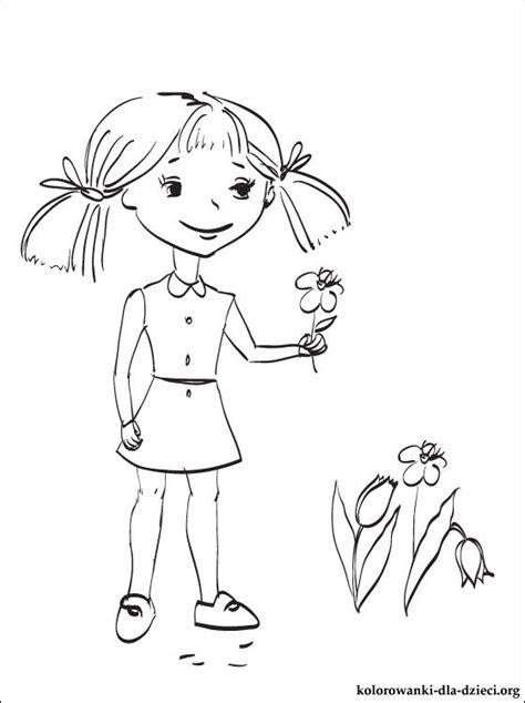 kolorowanka dziewczynka  wiosennymi kwiatami