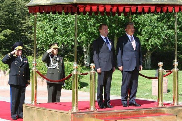 Agency report: Medvedev optimistic about Armenian-Turkish relations, Karabakh settlement