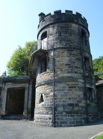 Edimburgo Watchtower Wikicommons