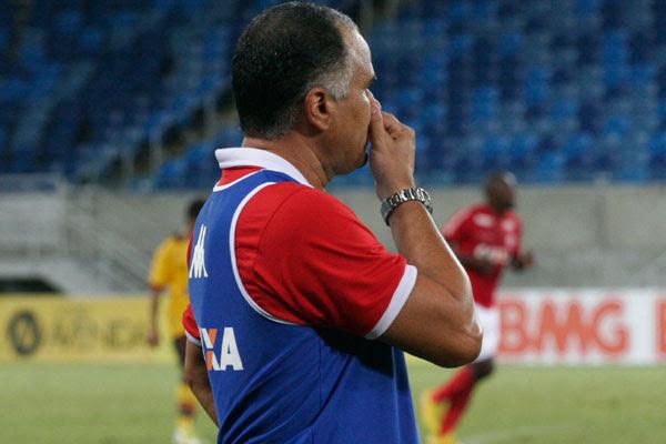 Oliveira Canindé quer mais atenção dos seus atletas nos jogos
