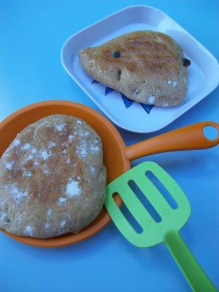 Apple Cinnamon Raisin Pitas Bread Machine) Recipe - Genius ...