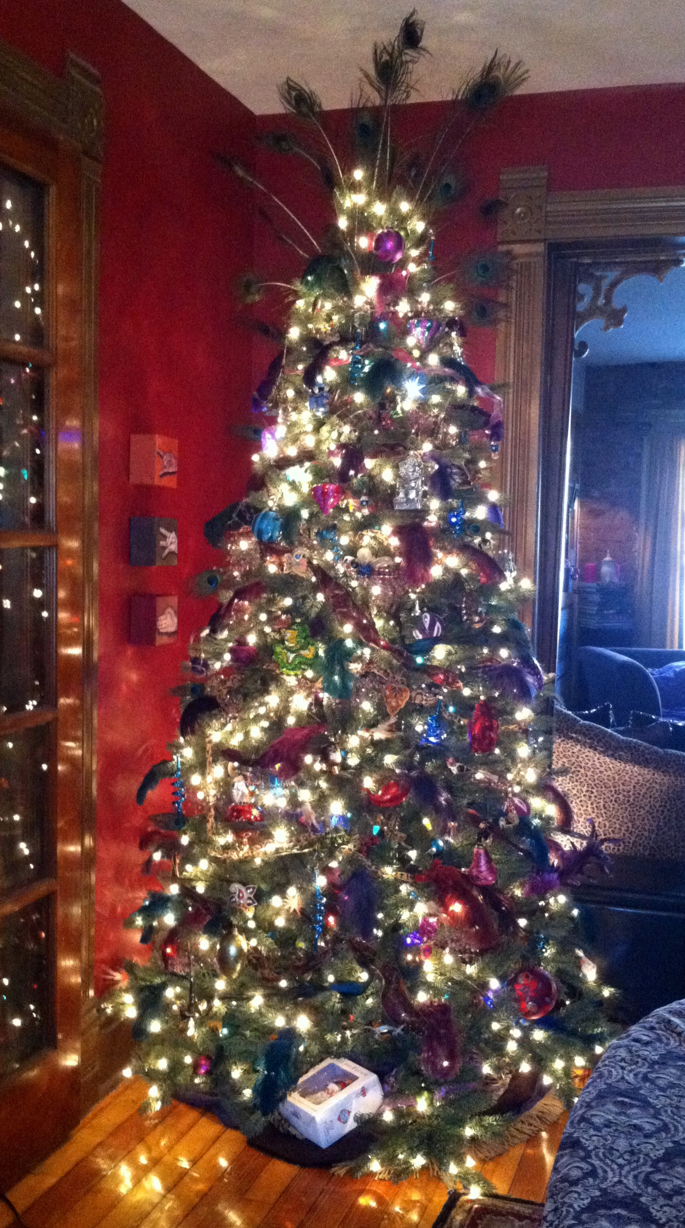 How to Trim Your Christmas Tree Like a Pro…and Some Unusual (and ...