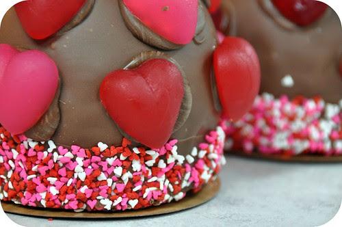 Valentine Candy Apples