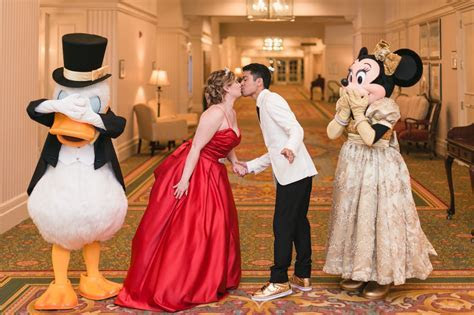 Orlando Wedding Photographer   Disney Wedding Pavilion