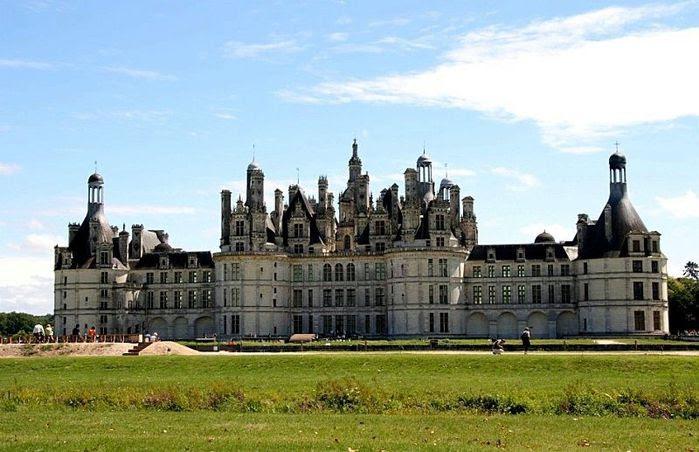 Замок Шамбор – королевский каприз 85629