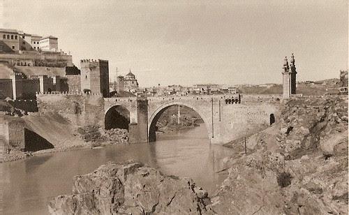 Puente de Alcántara, años 50. Fotografía de Eduardo Butragueño Bueno