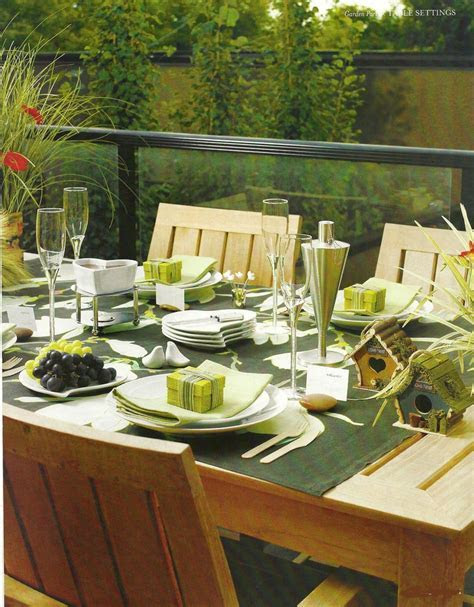 Eco Friendly & Go Green Wedding Table Decorations and