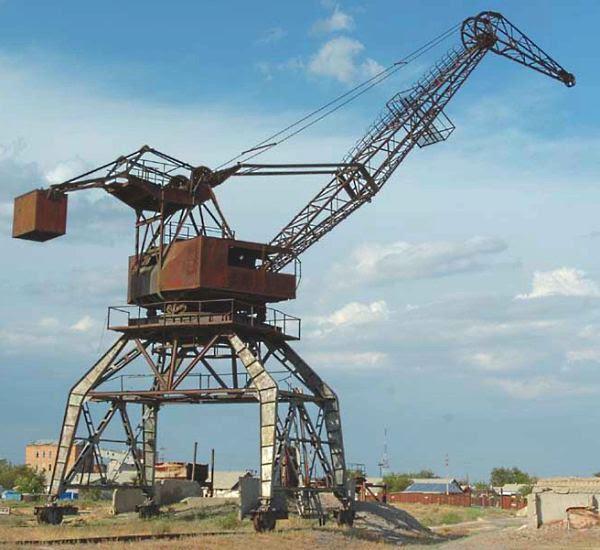 Gigantesco monstro abandonado no Mar de Aral