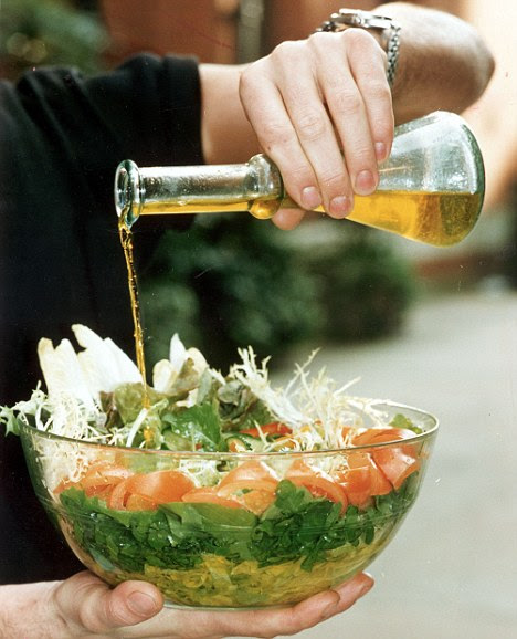 Super food: Olive oil is rich in monounsaturated fats and polyphenols that can reduce the risk of blood cuts