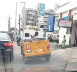 Roofless Keke Napep Spotted In Lagos