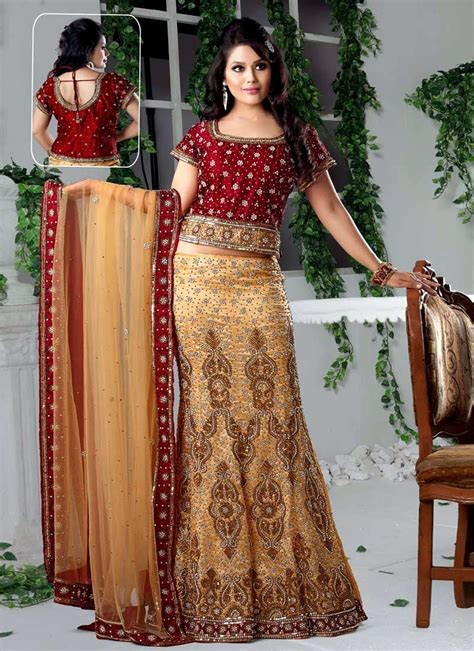 Top Indian Designer Choli & Bridal Lehenga Blouse Designs