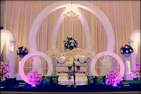 wedding stage (pelamin)   mined   Wedding stage, Wedding