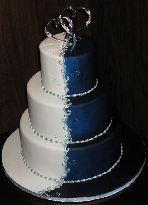 A Wedding Addict: Dark Blue Wedding Cake Special Snow Angel