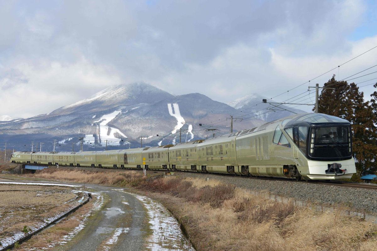 O interior do Shiki-shima: o trem mais luxuoso do mundo que atravessa o Japão 14