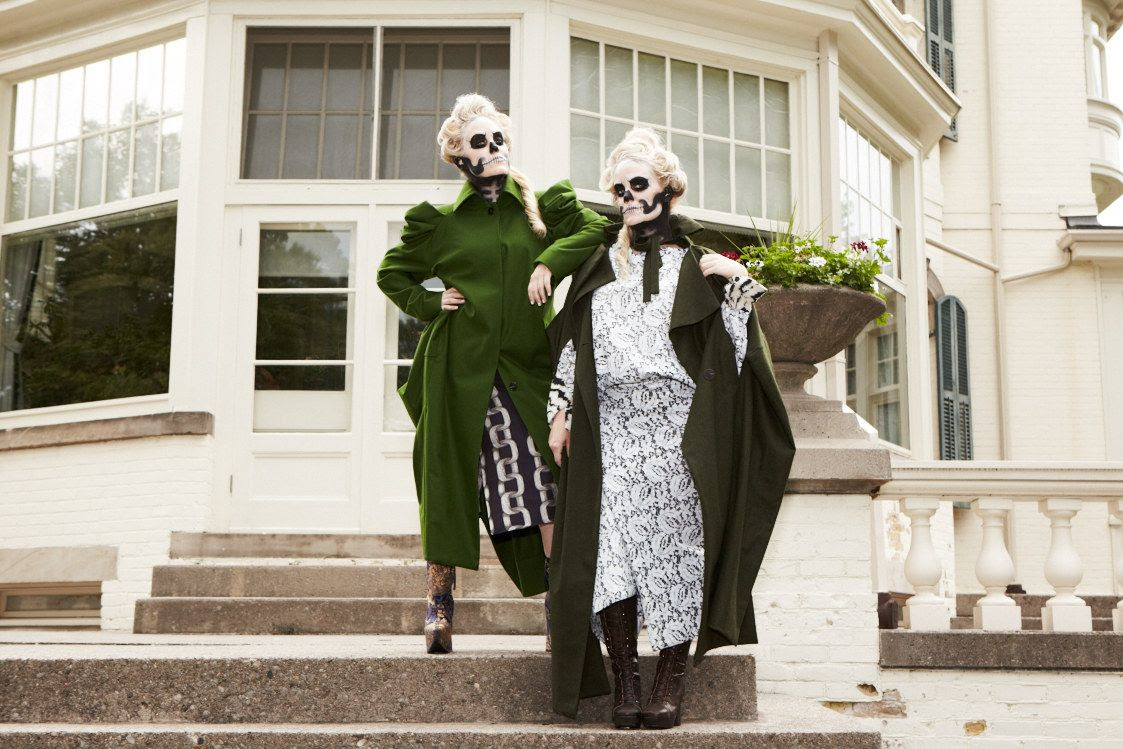 photo VivienneWestwood-Beckermanblog-beckermanbiteplate-flaremagazine-october2014issue-halloween-3_zps1cd481fe.jpg