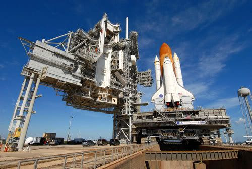 Space shuttle Discovery arrives at Launch Pad 39-A at Kennedy Space Center, Florida, on January 14, 2009.