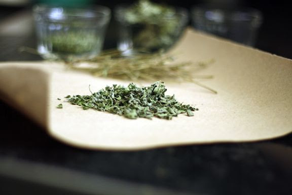How to dry herbs via@Wendy Hondroulis