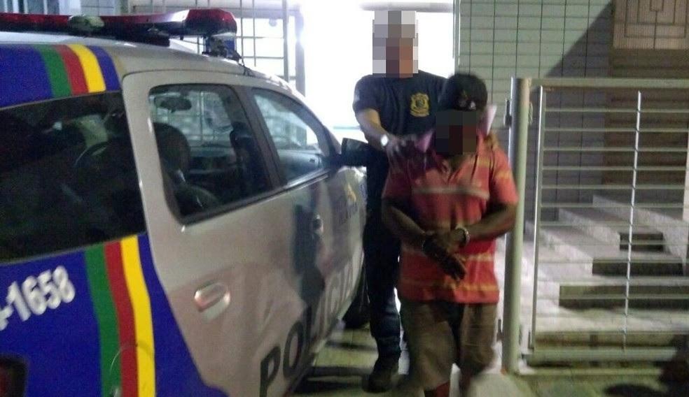 Homem foi preso em Santa Cruz do Capibaribe suspeito de abusar da filha por 22 anos (Foto: Divulgação/Ney Lima)