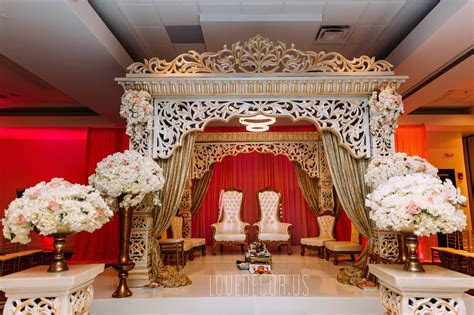 Indian Wedding Mandap, traditional mandap, white and gold