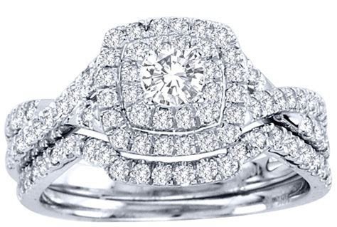2 Carat Round Cut GIA Certified Diamond Luxurious Halo