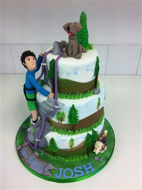 rock climbing cake with models