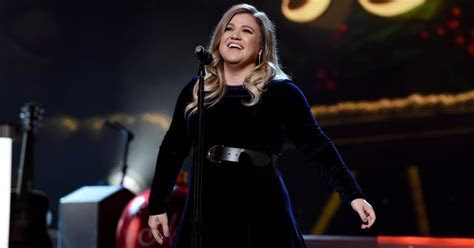 Kelly Clarkson to Join 'The Voice' as Coach   Rolling Stone