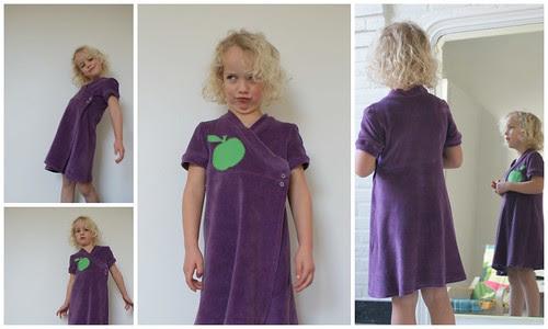 Paarse zachte Vink-jurk