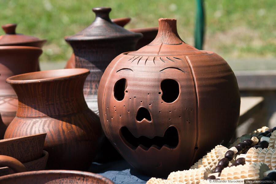 Глинянная посуда и сувениры на Фонтанном спуске в Саранске 12.06.2013