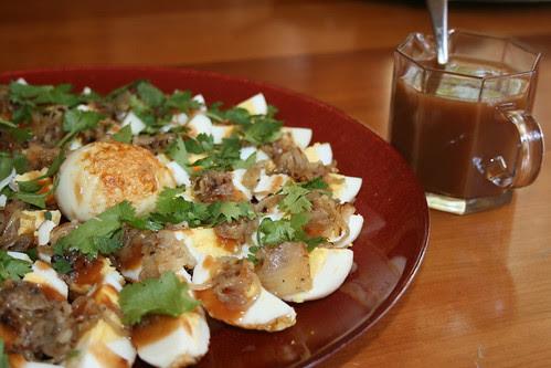 Khai Luuk Khuey (son-in-law eggs)