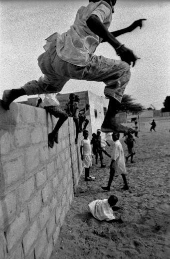 {B}L'allegria dell'Africa nel sorriso dei bambini{/B}