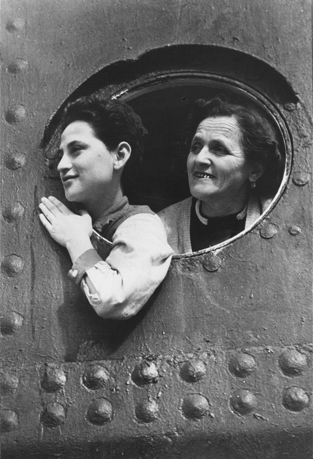 Jewish refugees aboard the MS St. Louis while ...